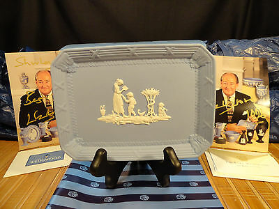 WEDGWOOD JASPERWARE Signed Small Tray, Gift Box, Signed Pix and More Goodies