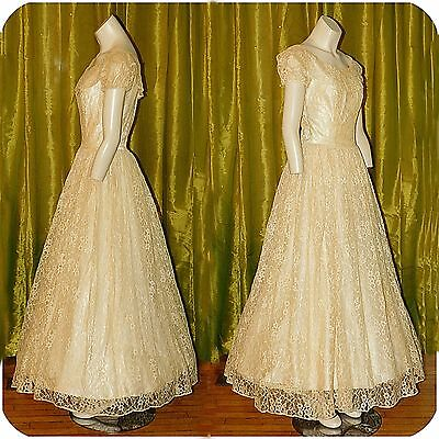 Vintage 1950s Lace Tulle Crinoline Wedding Gown Dress