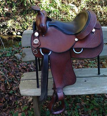 "Bona Allen Western Saddle, Semi-Quarter Horse bars, 15.5"" seat."