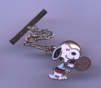 Vintage PEANUTS Athletic SNOOPY Playing TENNIS Enamel PIN Tie TAC