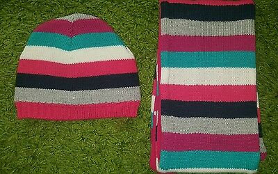 Girls bnwot hat and scarf set age 3 - 6 yrs