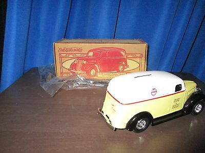 ERTL Mac Tools Delivery Die Cast Panel Truck 1938 Chevy Bank With Key New