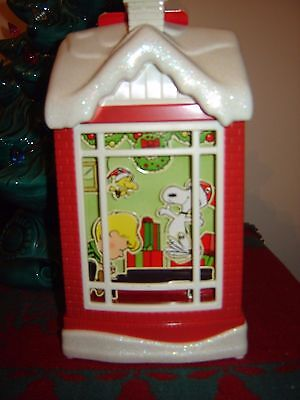 Hallmark Snoopy's Christmas Dance Party Sound & Motion Table Decoration