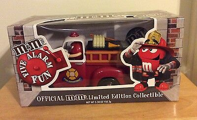 NIB Red's Firehouse M&M Fire Truck Candy Dispenser Limited Edition