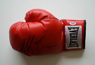 Mike Tyson Autographed Everlast Boxing Glove Psa/dna #4A27677