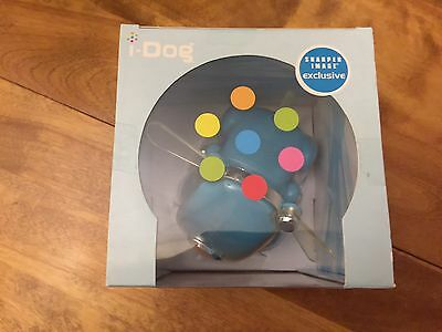 BLUE iDOG /LIGHTS/MOVES TO MUSIC - MINT IN THE BOX  RARE!