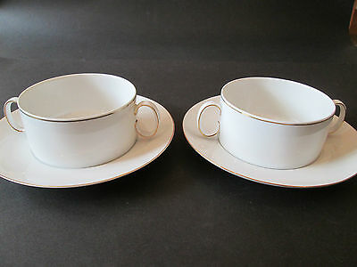 Thomas German Porcelain Pair Of Soup Coups With Saucers  In Gold Medallion