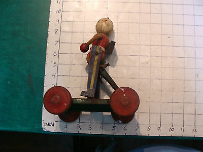 Vintage Original 1920's TED TOY soldier w rope arm, but missing one PULL TOY