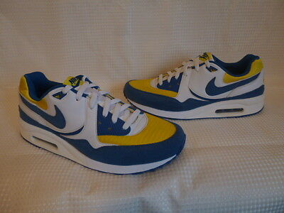 * Nike Air Max Light  Trainers  * Size 9.5 Mens  * Brand New *