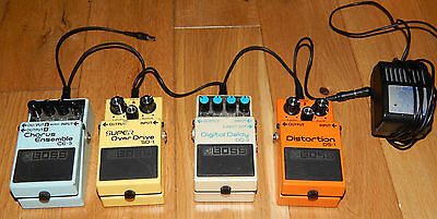 Boss  Pedals ds1 sd1 ce5 dd3 includes Charger and lead