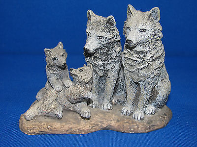 """""""The Spirit Of The Wild"""" Collection – Family Spirit Wolf Family – Papel®"""