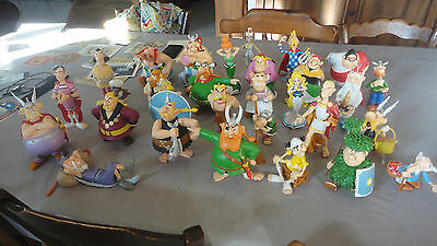Lot De 30 Gros Personnage Figurine  Asterix 2012 Editions Albert Rene