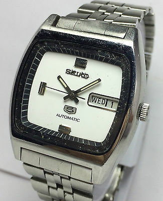 Genuine Vintage Seiko 5 Automatic 21 Jewels Day-Date Men's Excellent Wrist Watch