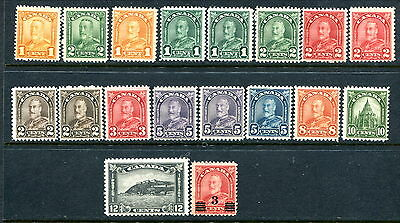 18 Different MNH Canada KGV Arch and Scroll Stamps (Lot #rn116)