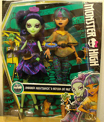 Monster High Amanita Nightshade Nefera de Nile Doppelpack - DMD73, BNIB