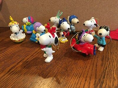 Lot Of 10 Easter Holiday PVC Snoopy peanuts Figures