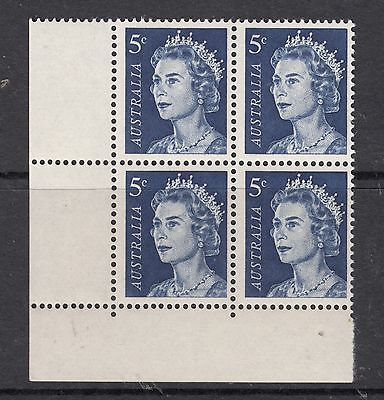 AUSTRALIA 1966 5c Queen Elizabeth Cnr Block of 4 MUH