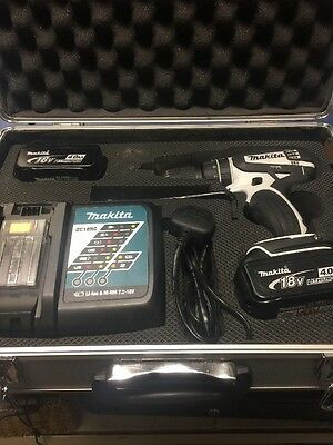 Makita Cordless Drill DHP456 With 2 Batteries And Charger In A Case