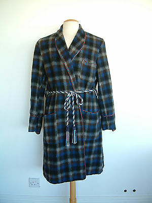 "1960's DRESSING GOWN..WOOL..CHECK..SIZE SMALL / 36""..MADE IN ENGLAND..GOOD COND."