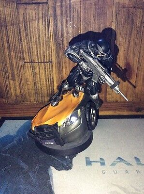 Crysis 2 Nano Edition Statue Figure Alcatraz Lights Up UnBoxed