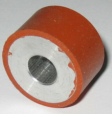 "3/4"" Dia. Rubber Coated Aluminum Roller - 8 mm Bore - 22 mm Dia. - 12.5 mm Thick"
