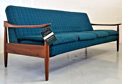 Quality Vintage Retro Mid Century Greaves And Thomas Four Seater Sofa Bed