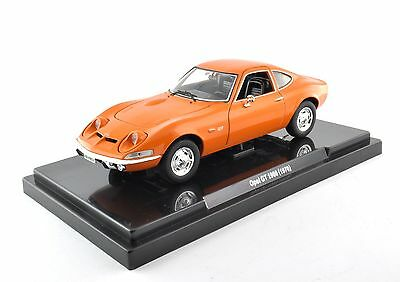 Opel GT 1900 (1970) 1:24 Quattroruote Collection Die Cast Car Model