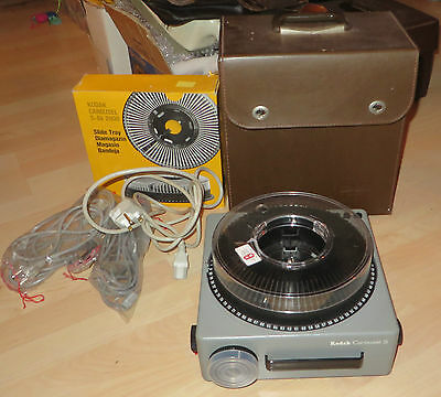 Vintage Kodak Carousel S Slide Projector + Remote & Tray - Working In Carry Case