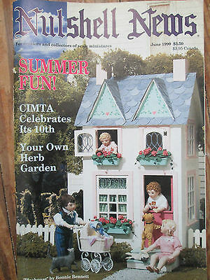 Nutshell News Dollhouse How to Make Herb Garden; Living Room Sofa; Playhouse