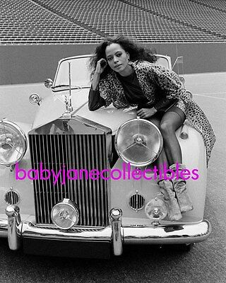 DIANA ROSS fab photo of SUPREME with ROLLS ROYCE CAR (110)