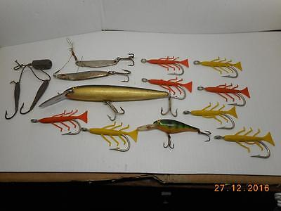 Lot Of 14 Old Vintage Fishing Lures