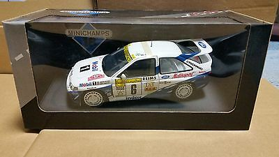 """MINICHAMPS 948106 """"Produced by UT MODEL""""  FORD ESCORT MONTE CARLO 1994 1/18"""