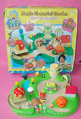 Complete Fifi And The Flowertots Magic Talking House Garden Lot Figures Boxed