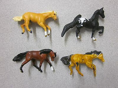 Breyer Mini Whinnies horse horses lot of four Excellent condition model toys