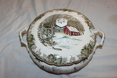 Johnson Brothers The Friendly Village SOUP TUREEN & LID Nice Condition