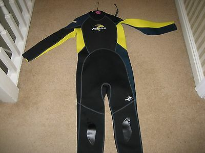 Kids Full Length Wetsuit Size 11-12 Years
