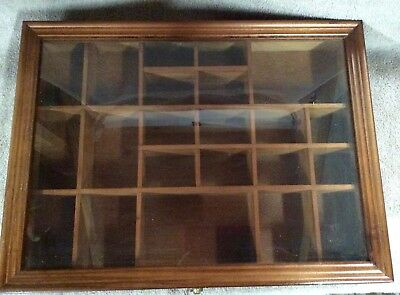 Wood Display Case Lot 51/16