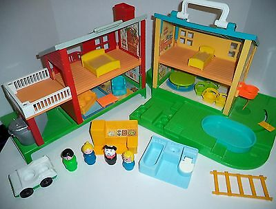 Fisher Price Little People Neighborhood 2551 kitchen, toilet,beds,ladder,Vintage