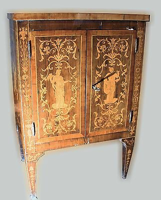 Antique Italian Cabinet age 1700 authentic antique furniture with marquetry