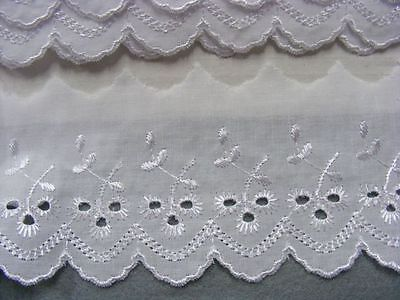 Broderie Anglaise Flat Lace  (49) - White x 5 mts