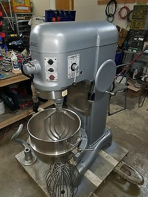 Hobart 60qt H600 Mixer 1 HP 3 phase With Stainless Steel Bowl tools