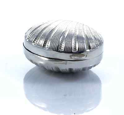 Vintage Shell Shaped Box Silver Italy Scatolina forma Conchiglia in Argento 800