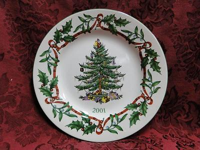 Spode Christmas Tree, Green Trim, Made in England: 2001 Collector Plate, 7 5/8""