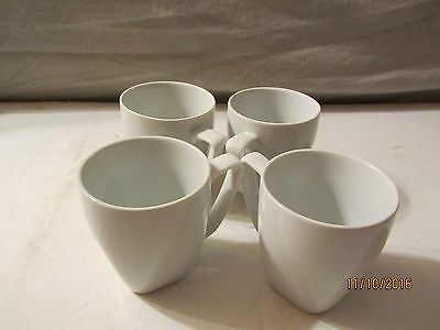 4 Delta Airline White Coffee Cups Back Stamped Delta