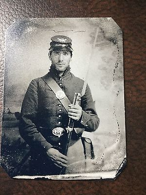 Civil War Military Soldier With Rifle & Bag TinType C250RP