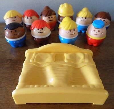 Lot 10 Little Tikes Chunky Toddle Tots People Vintage Bed