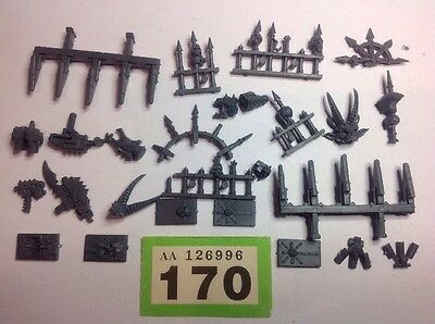 Warhammer 40K Chaos Space Marines Multiple Weapons, Spike Bits Parts #170