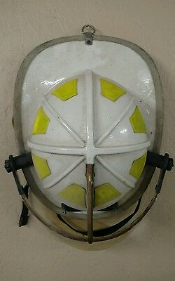Cairns 1010 Fire Firefighter Helmet Chief's White  Used Halloween Costume