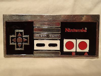 Nintendo NES controller belt buckle - enamel and plated metal - vintage style!