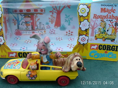 Corgi no.807 Dougal's Magic Roundabout Car with Brian, Dougal and Dylan REDUCED
